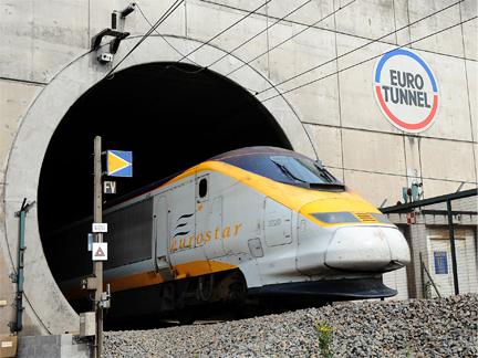 Поезд в Евротоннеля