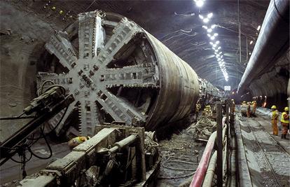 Строительство Евротоннеля
